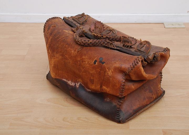 LeatherBagDrOld1
